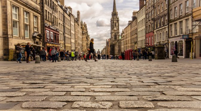 Nine Places to Visit With an Escort in Edinburgh